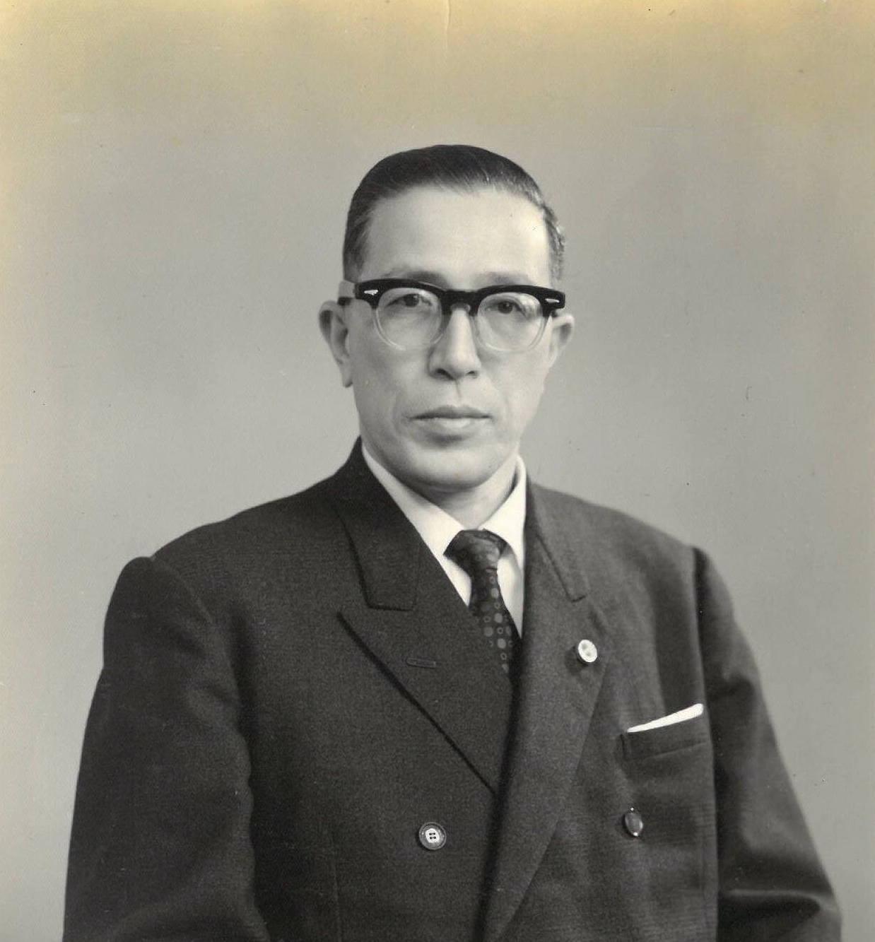 京都弁護士会会長・日本弁護士連合会理事に就任の記念写真